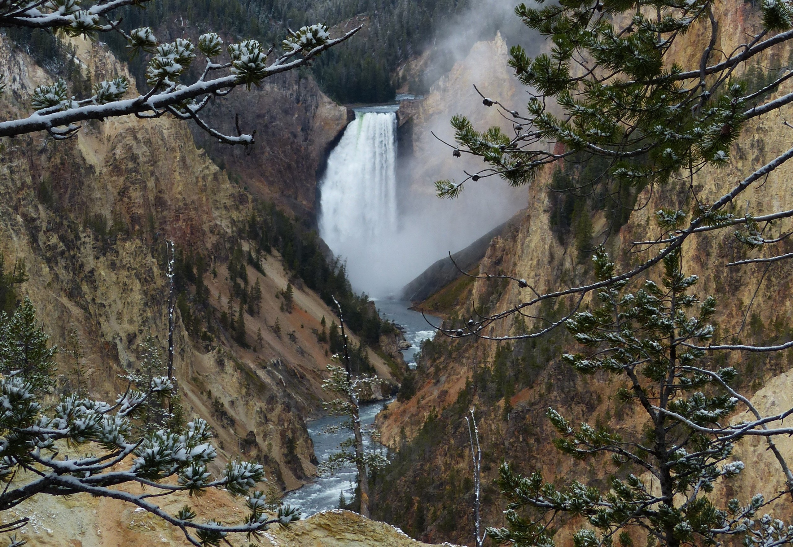 Upper Falls of the Yellowstone River vanaf Artist Point